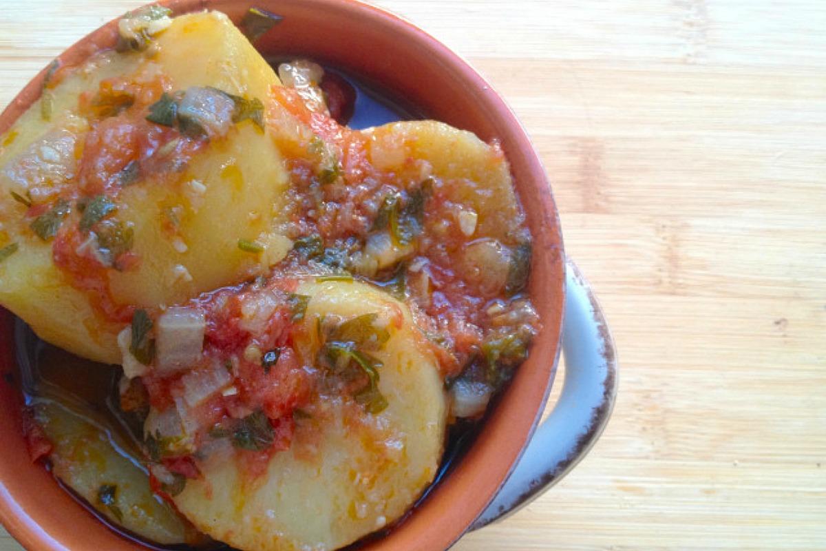 Greek Potato Stew / Patates Yahni [Vegan, Gluten-Free]