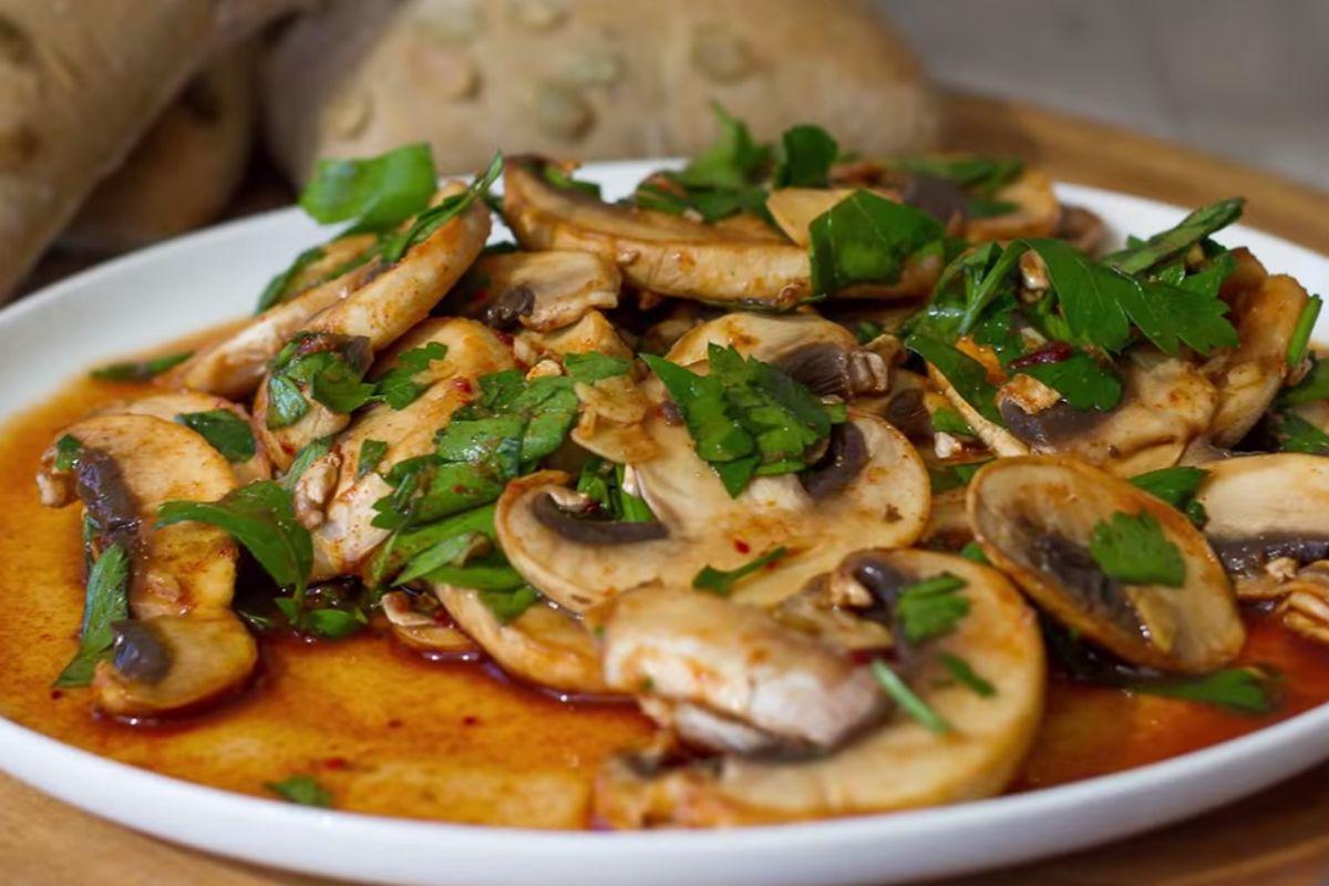 Overnight Savory Breakfast Mushrooms [Vegan, Gluten-Free]