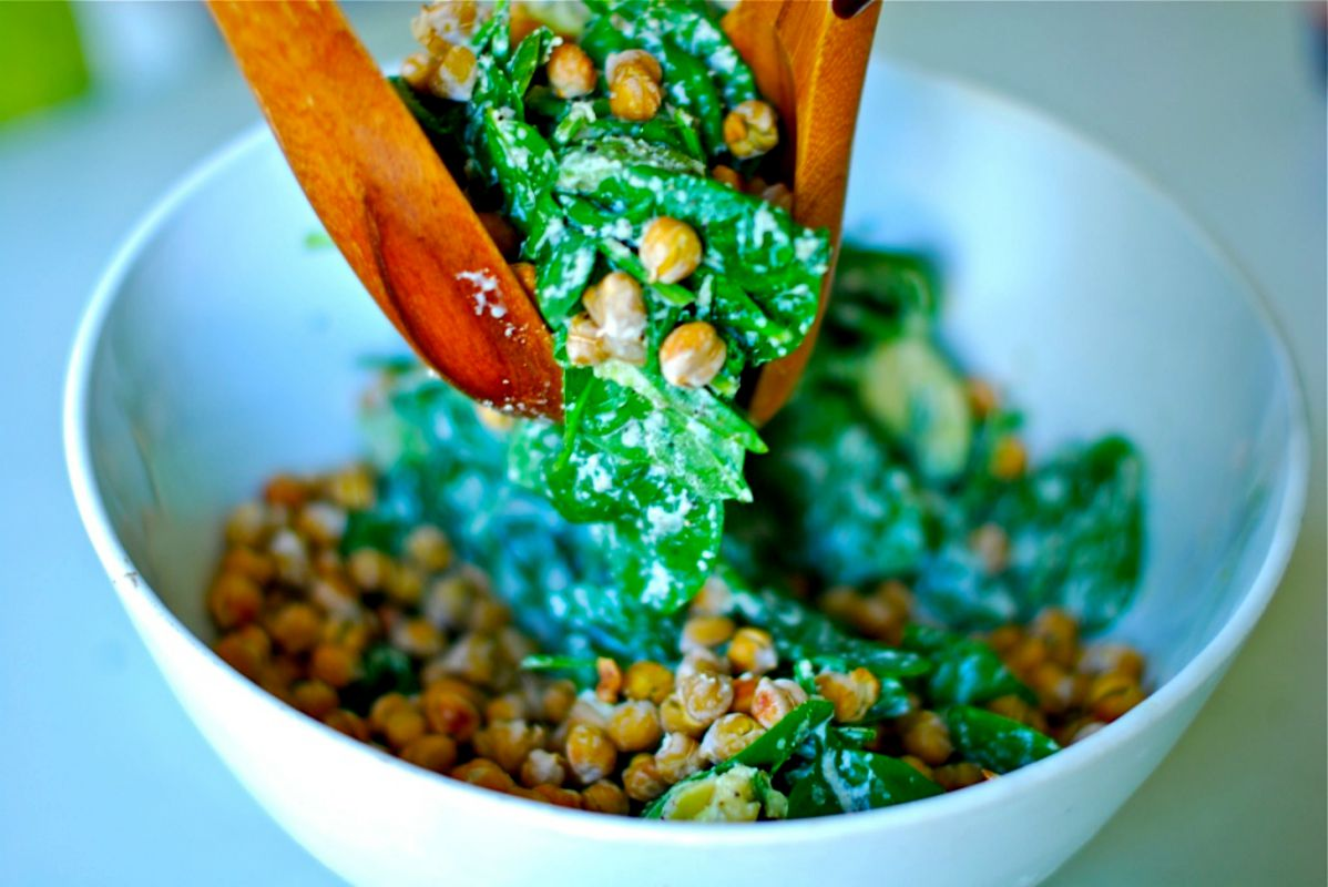 Cashew Creamy Spinach Salad With Roasted Chickpeas [Vegan, Gluten-Free]