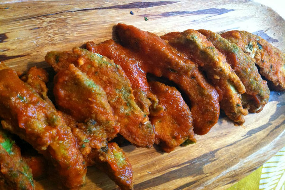 "Buffalo Avocado ""Wings"" [Vegan]"