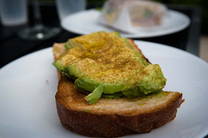 Rosella_Coffeeshop_Avocado_Toast_with_Cumin_-_North_River_District,_San_Antonio,_Texas_(2015-03-22_by_Nan_Palmero)