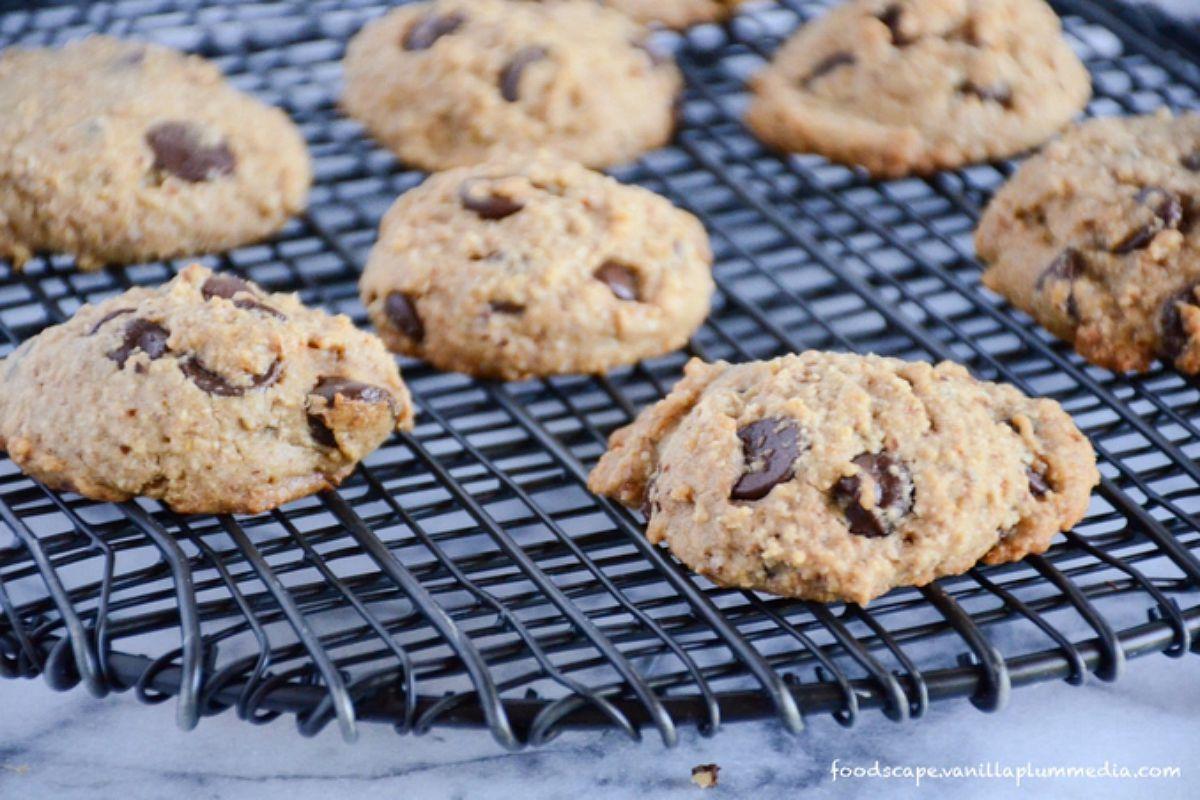 The Best Chocolate Chip Cookies [Vegan, Gluten-Free]