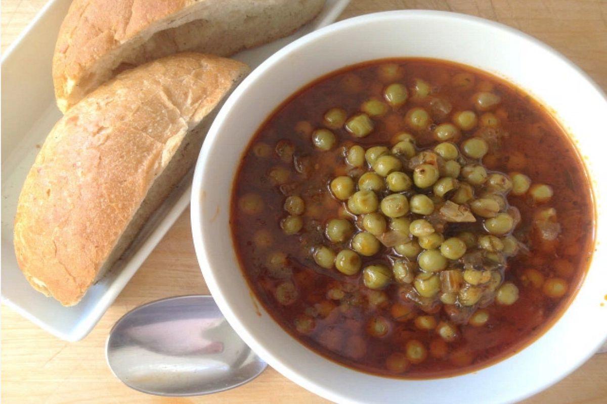 Greek Peas (Arakas Kokinistos) [Vegan, Gluten-Free]