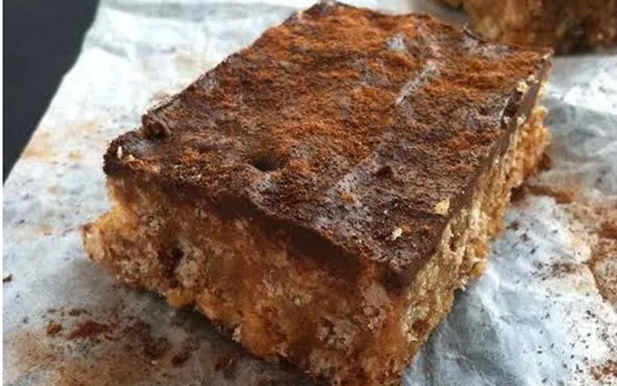 No-Bake Cinnamon Chocolate Peanut Butter Crispie Bars [Vegan, Gluten-Free]