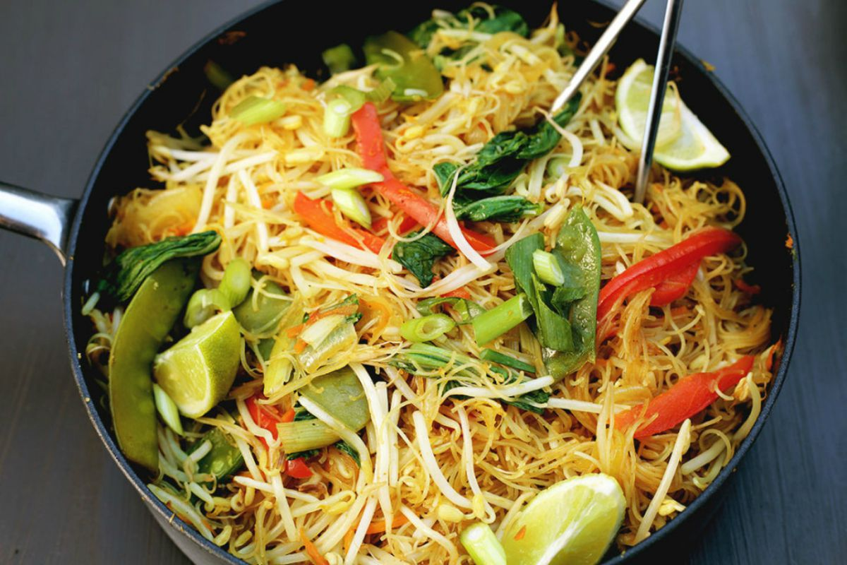 One-Pan Singapore Noodles [Vegan, Gluten-Free]