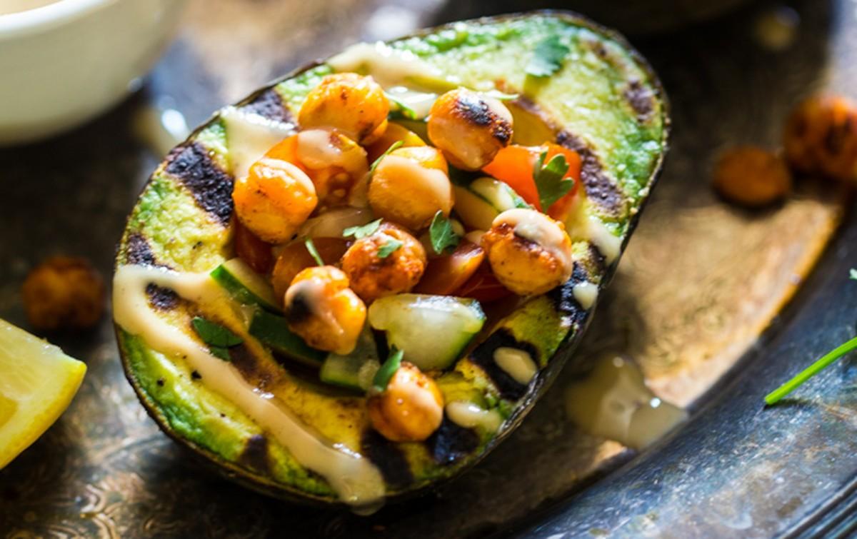 Mediterranean Grilled Chickpea-Stuffed Avocados [Vegan, Gluten-Free]
