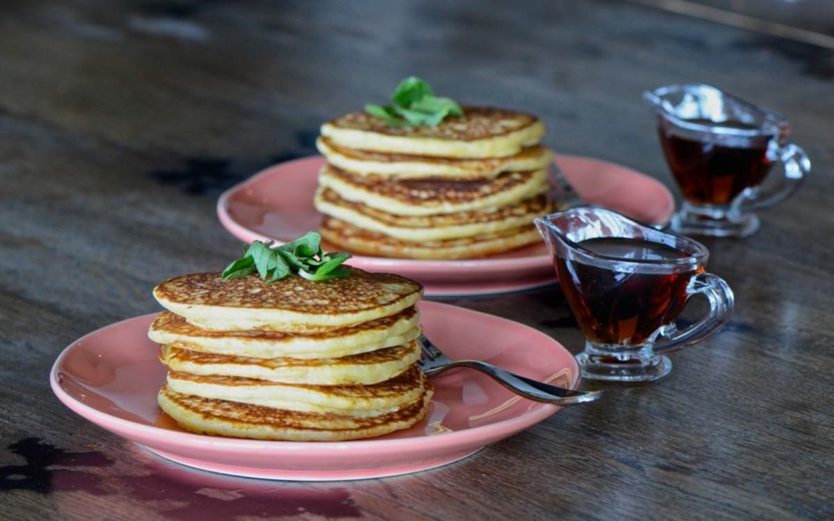 Easy Overnight Pancakes [Vegan, Oil-Free]