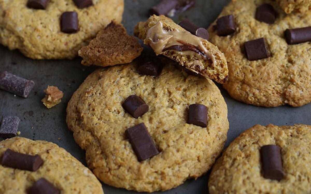 Chocolate Chip Peanut Butter Stuffed Cookies [Vegan]