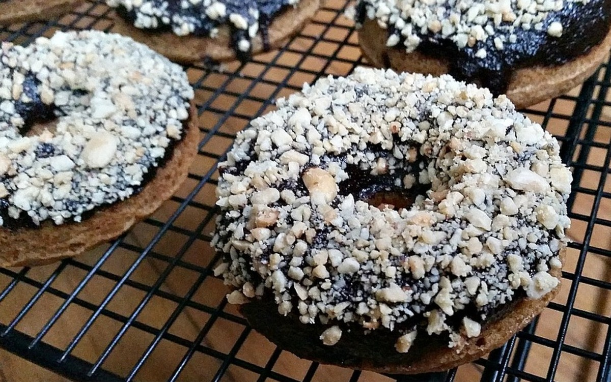 Baked Elvis Doughnuts [Vegan]