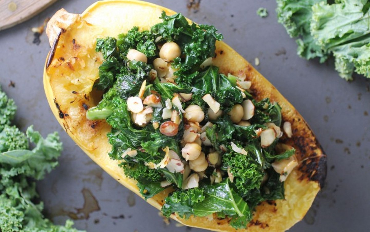 Kale and Chickpea Stuffed Spaghetti Squash [Vegan, Gluten-Free]