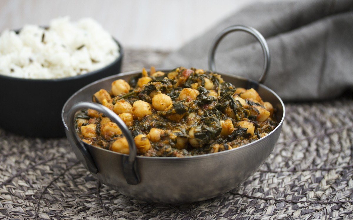 Palak Chole (Indian Spinach and Chickpea Curry) [Vegan, Gluten-Free]