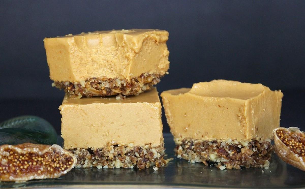 Peanut Butter Fig Bars [Vegan, Raw, Gluten-Free]