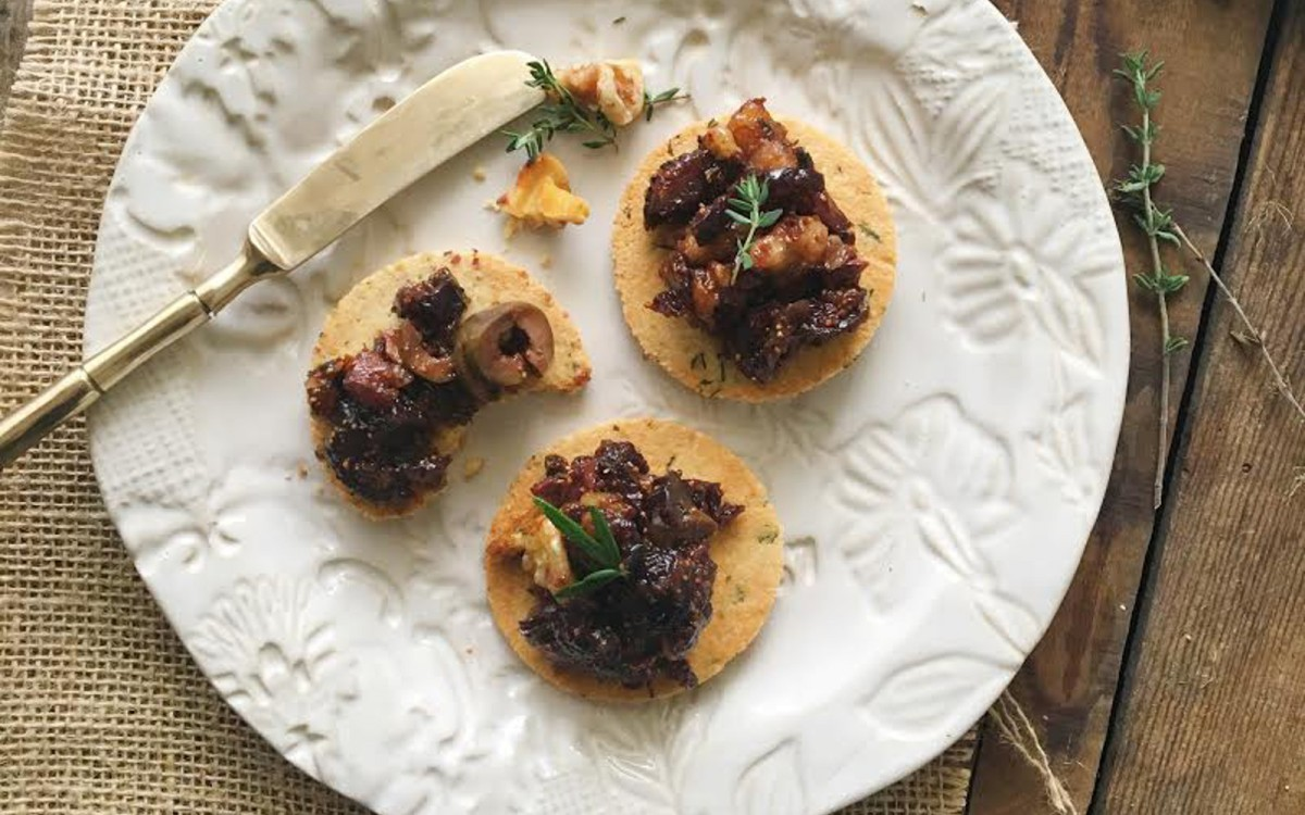 Almond Rosemary Crackers with Fig and Olive Tapendade