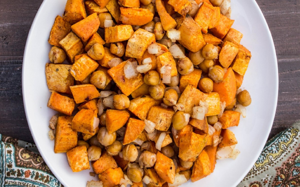Autumn Roasted Sweet Potatoes and Chickpeas