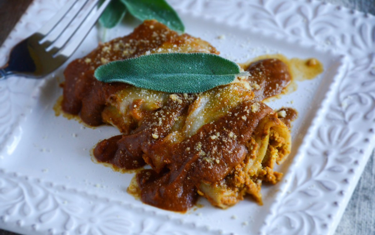 Simple Stuffed Pumpkin Manicotti [Vegan]