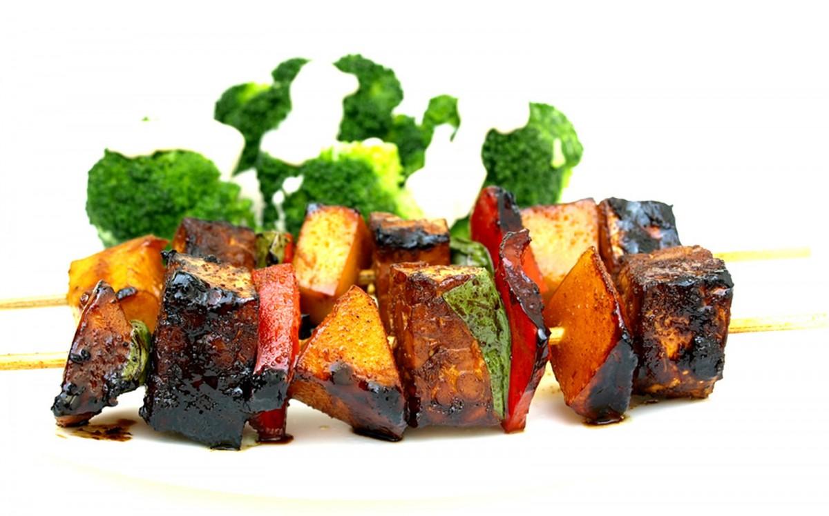 Piquant Tempeh Kebabs [Vegan, Gluten-Free]