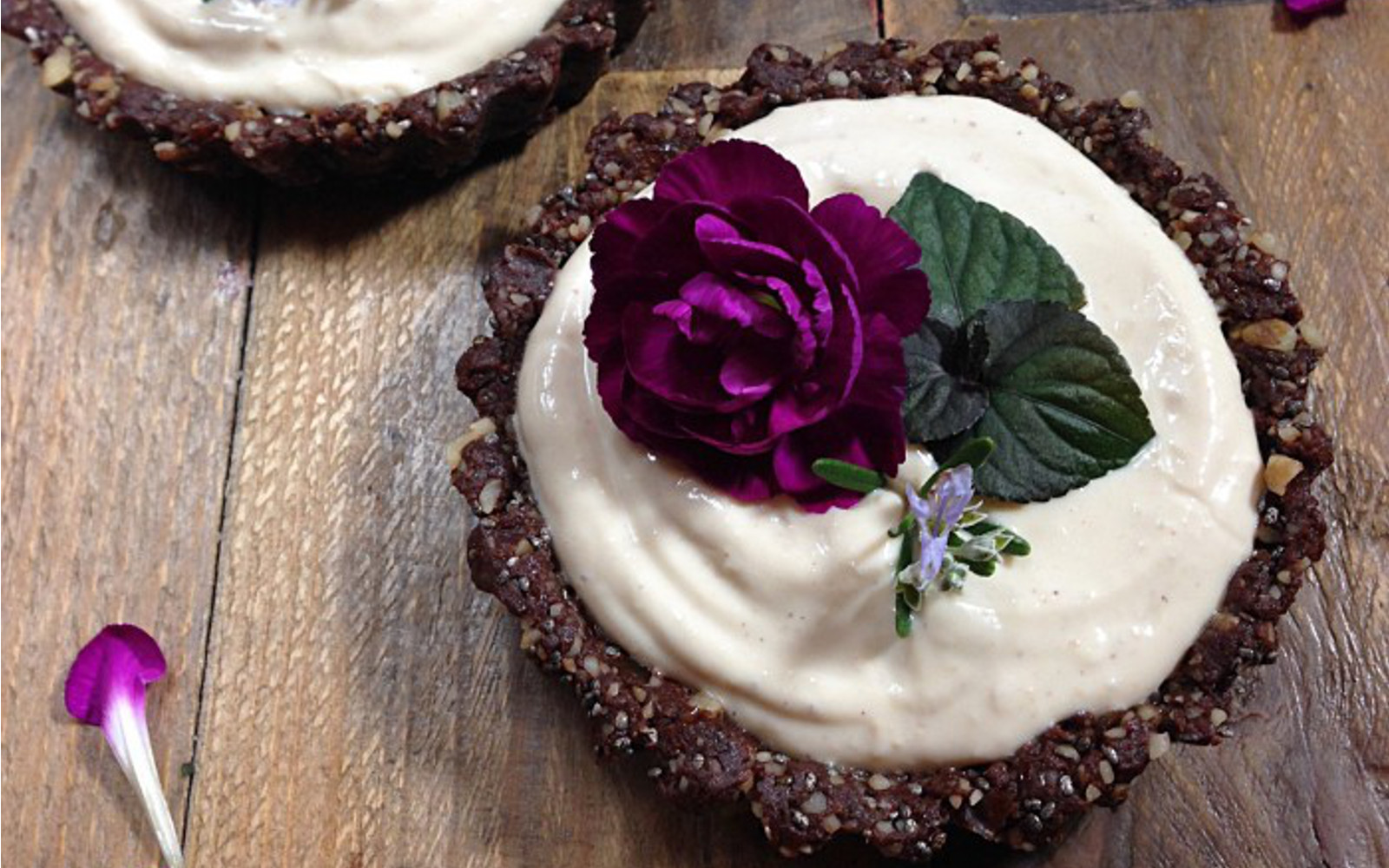 peanut butter cacao tarts