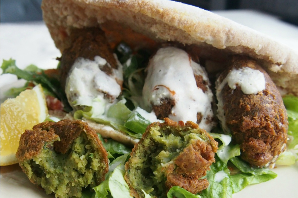 Spinach Falafel With Tahini Dressing