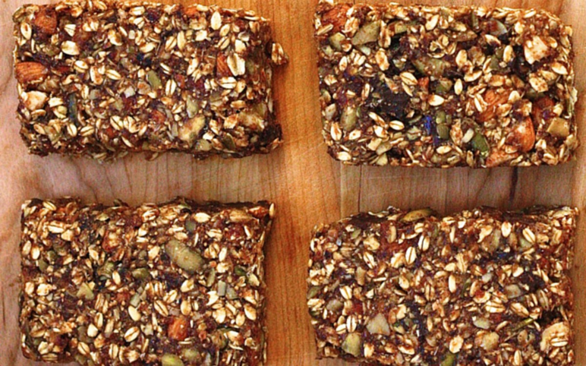 Dark Chocolate and Sea Salt Fig and Oat Bars