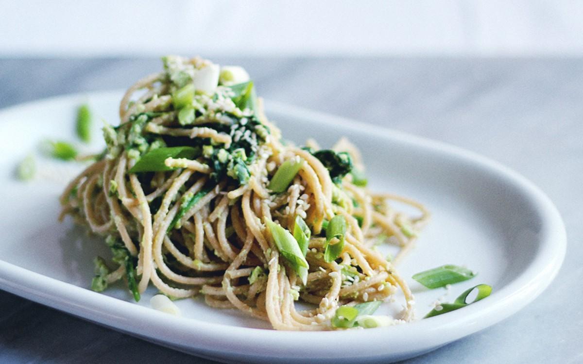 Green Edamame Spinach Hummus Pesto