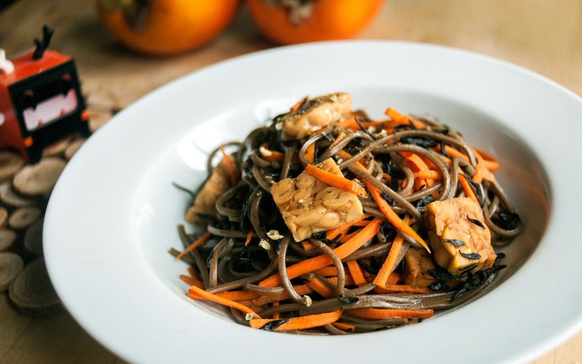 Carrot and Soba Noodles With Sea Vegetables