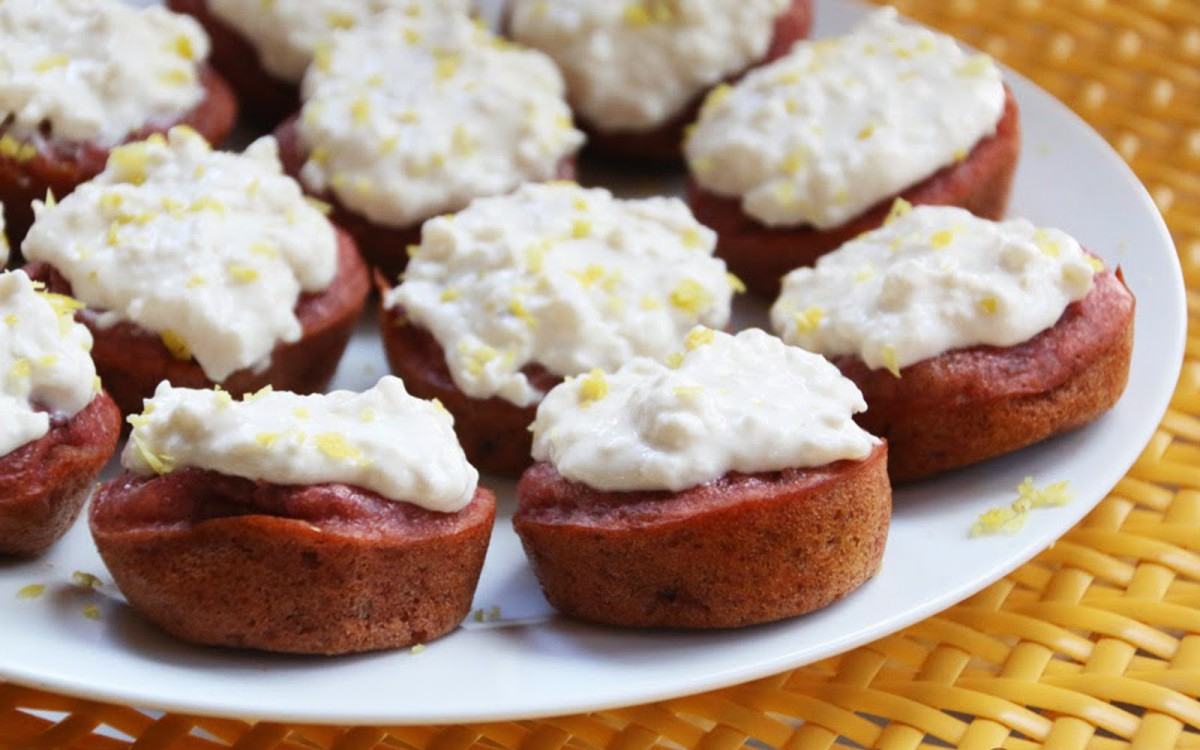 Apple Cardamom Cupcakes With a Sweet Lemon Frosting