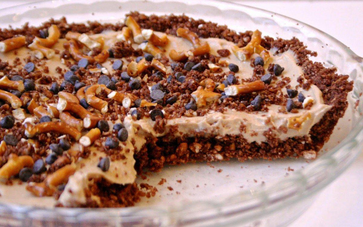 10 Decadent Dessert Recipes for Peanut Butter Lovers