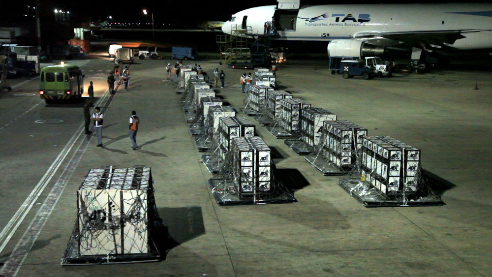 i ADI's Operation Lion Ark in Bolivia - 25 lions about to be loaded