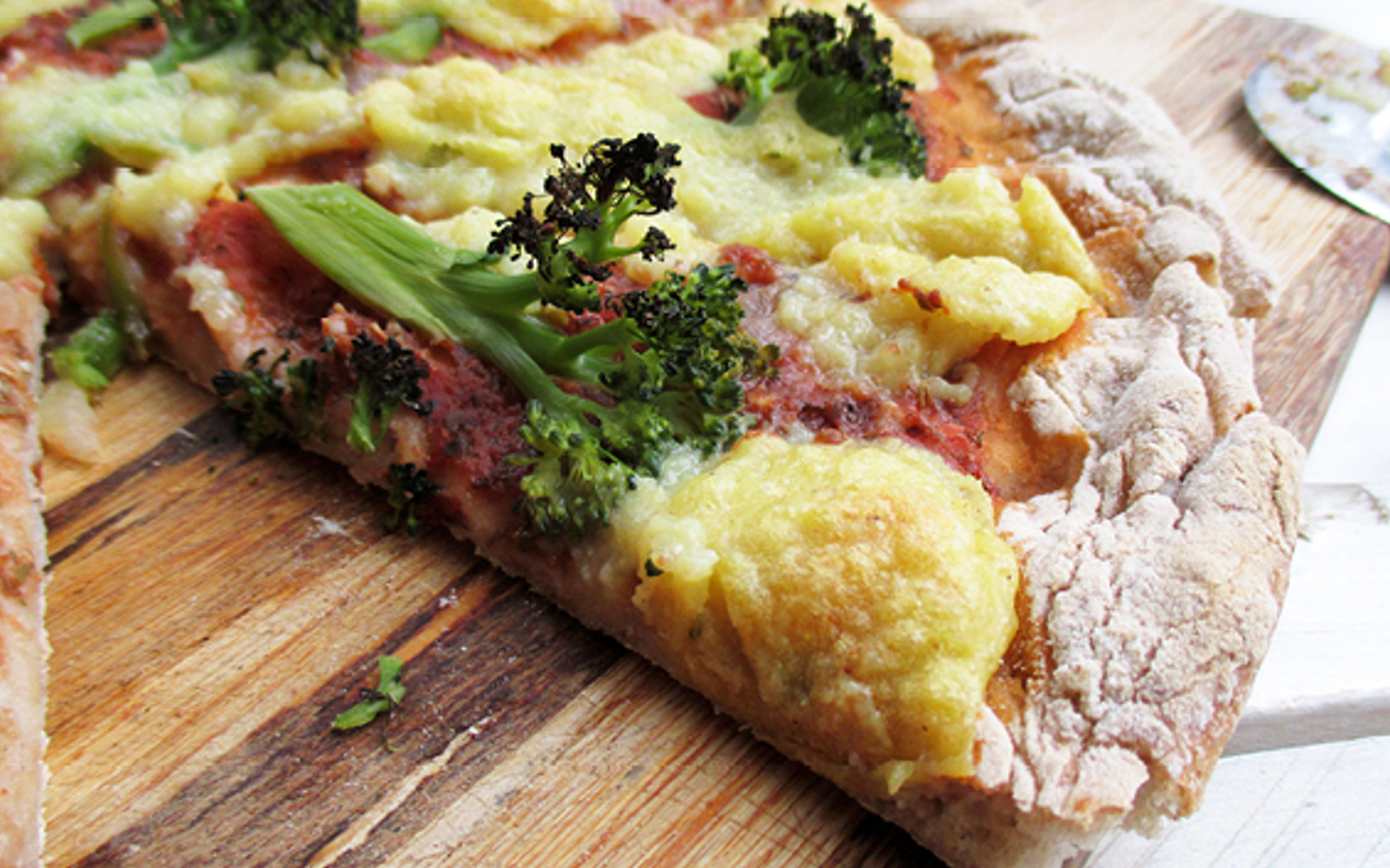 pizza with nut-free cheese