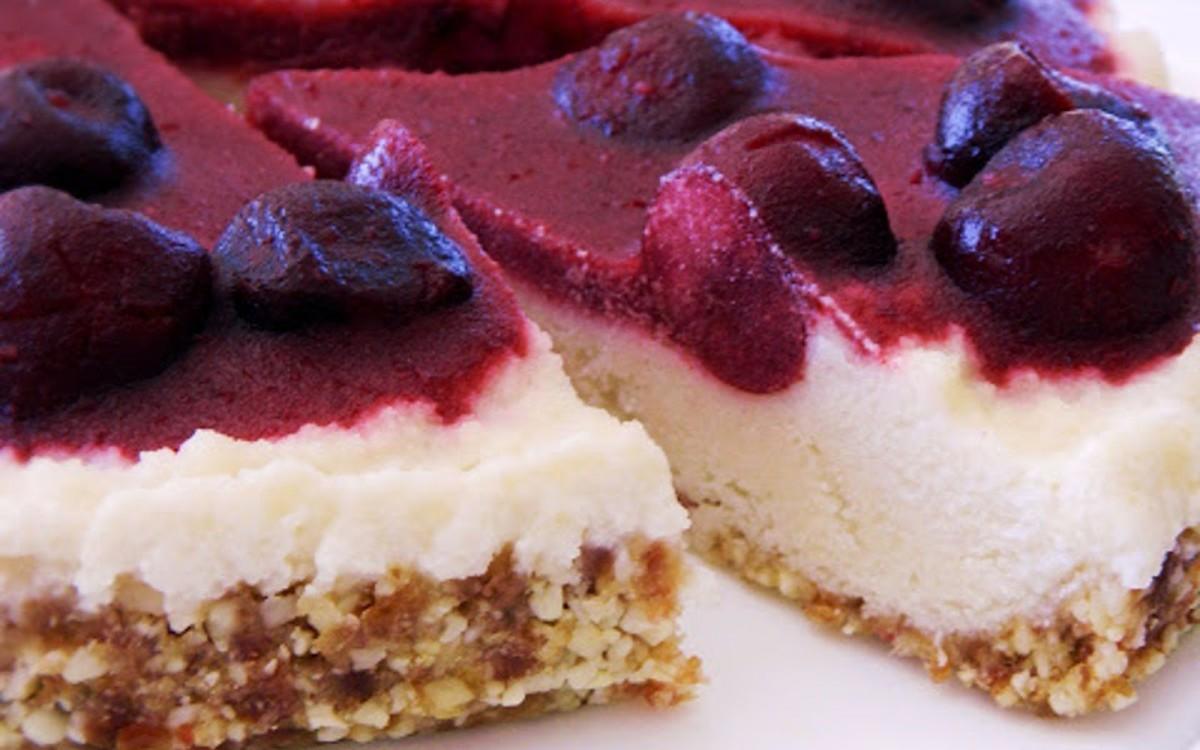 Raw Lemon Cherry Cheesecake