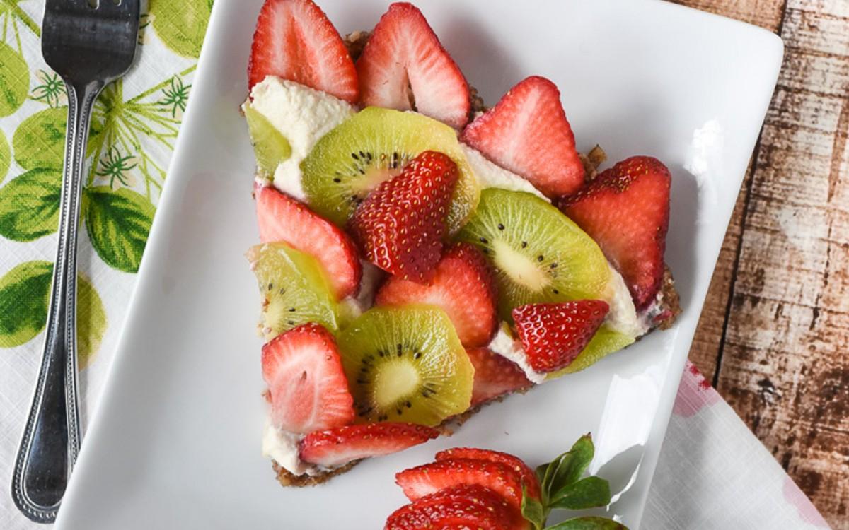 Raw Strawberry and Kiwi Tart