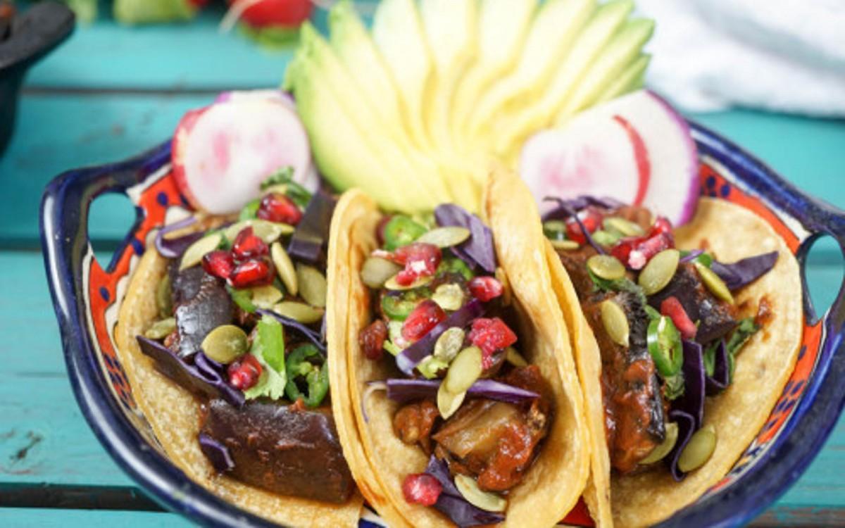 BBQ Eggplant Tacos 1