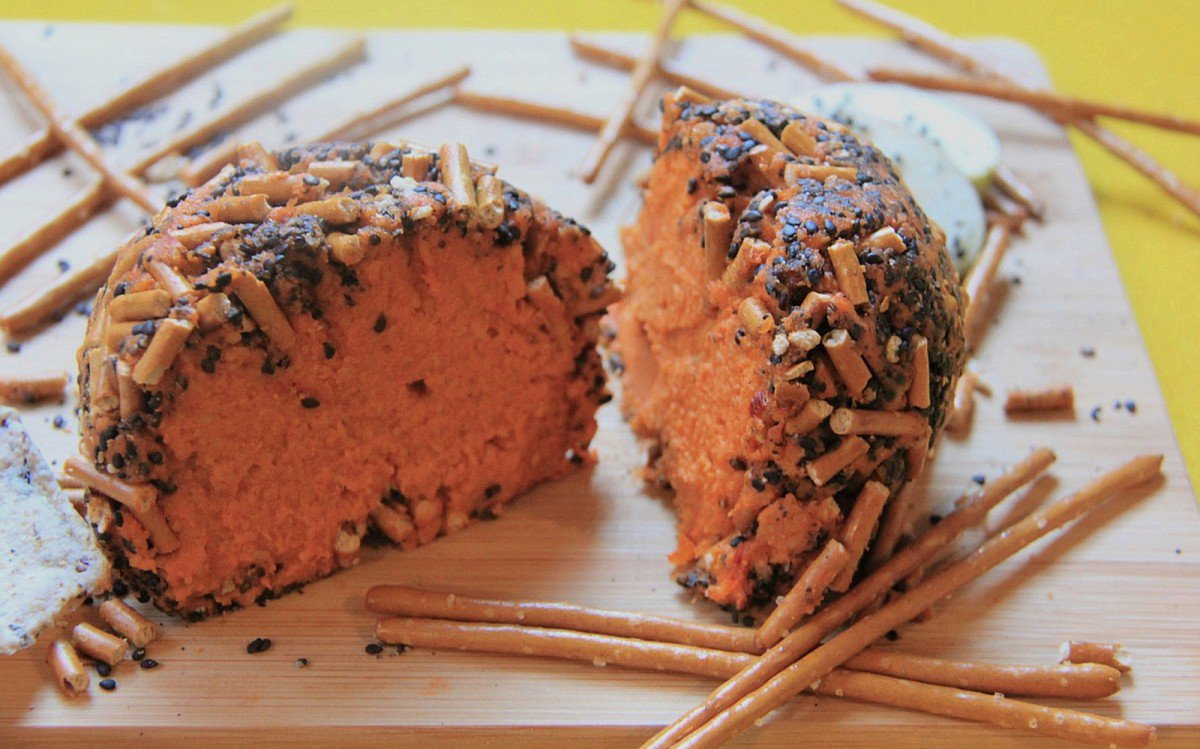 Black Sesame Pretzel Crusted Cheddar Cheeseball