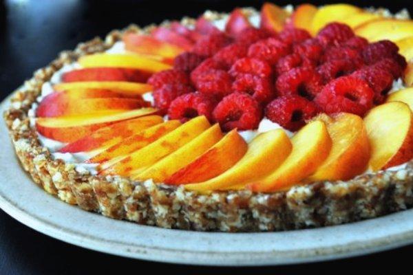Raw Peach and Raspberry Tart With Mascarpone