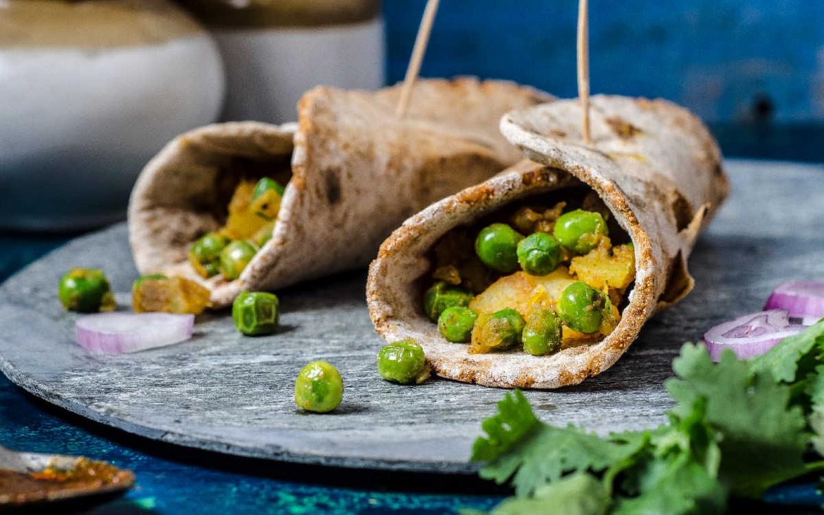 Curried Potato and Peas Flatbread Wrap