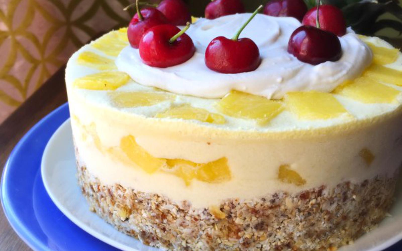 frozen pina colada cake