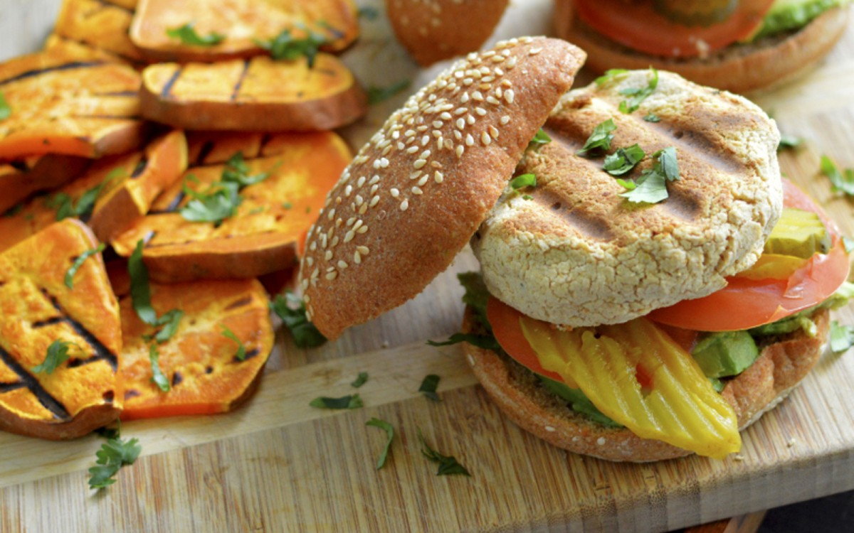 Grilled Hummus Burgers With Sweet Potato