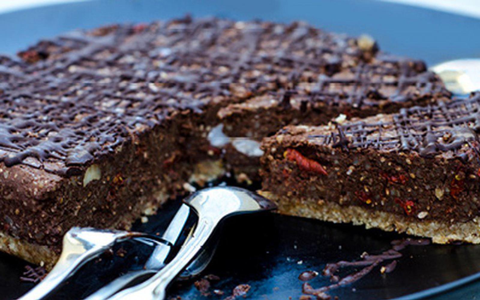 five-minute raw chocolate tart