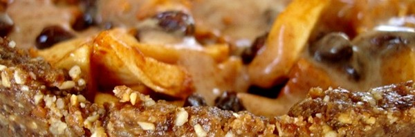 Lisa Viger - Raw Caramel Apple Pie