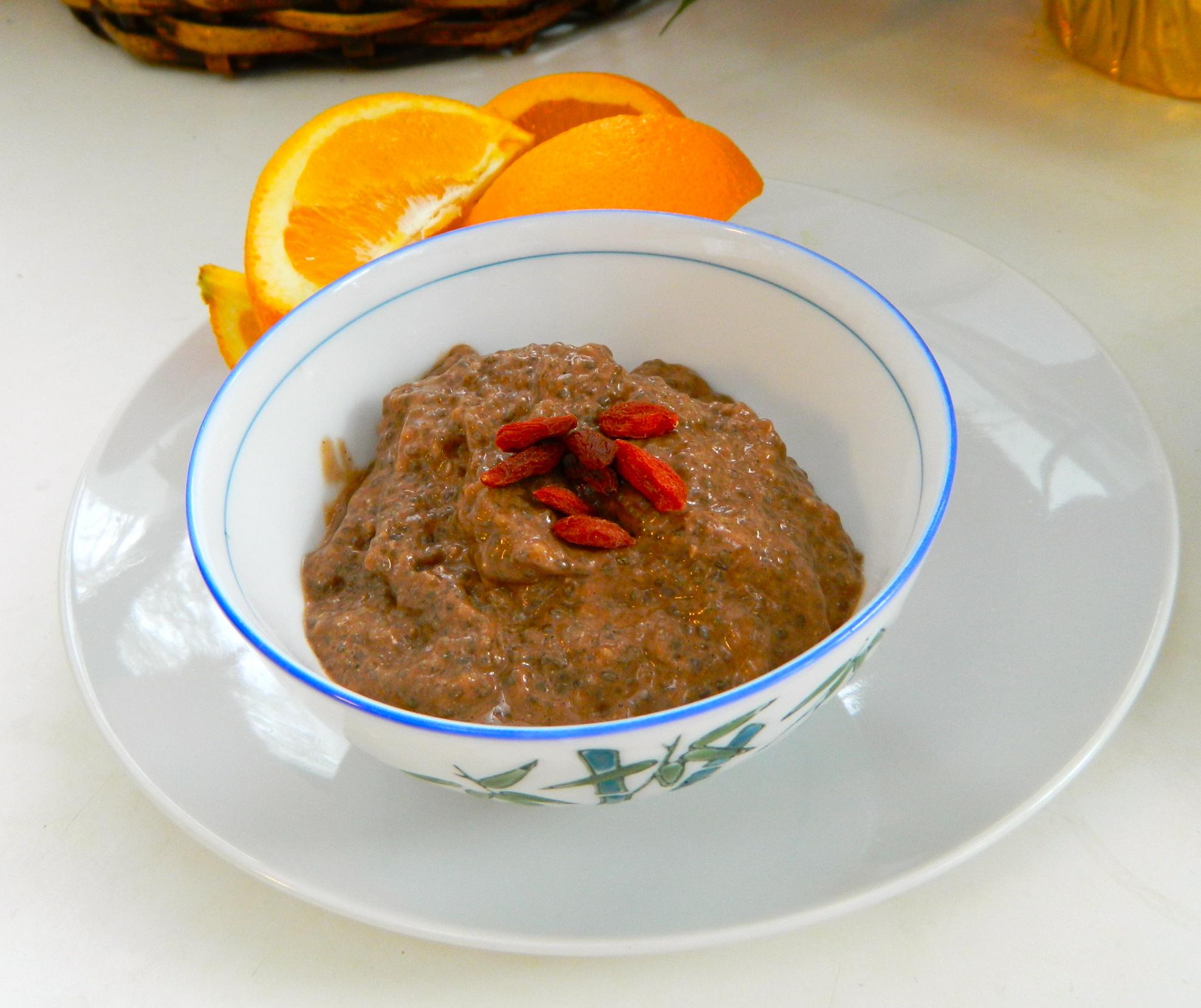banana chocolate chia pudding
