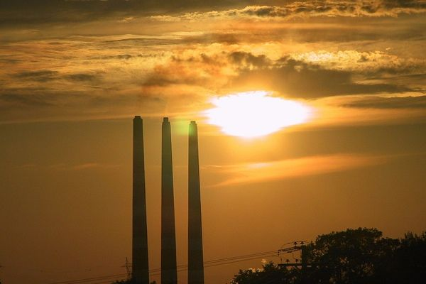 Air Pollution Tied to Heart Attack Risk