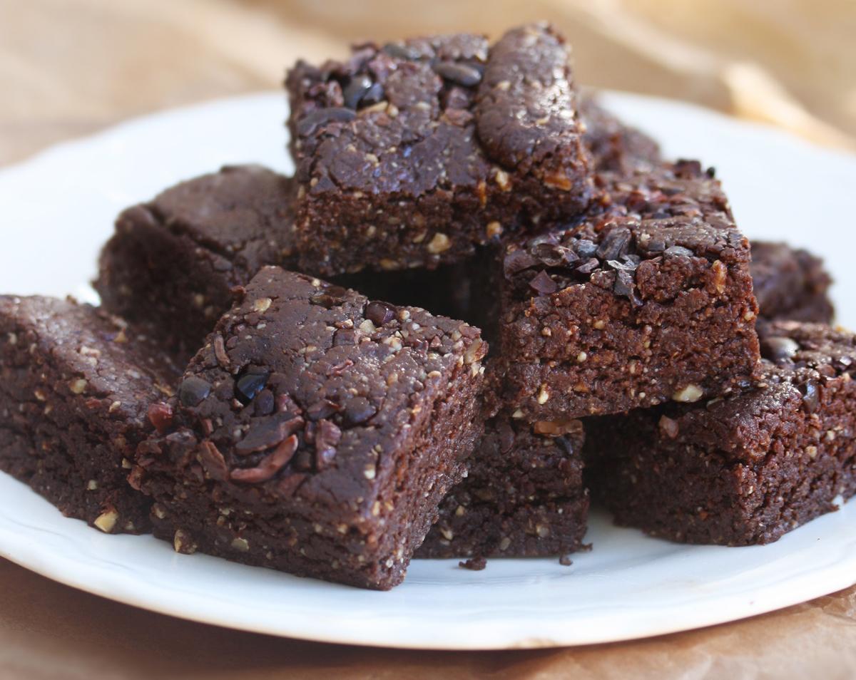 No Bake Brownies vegan