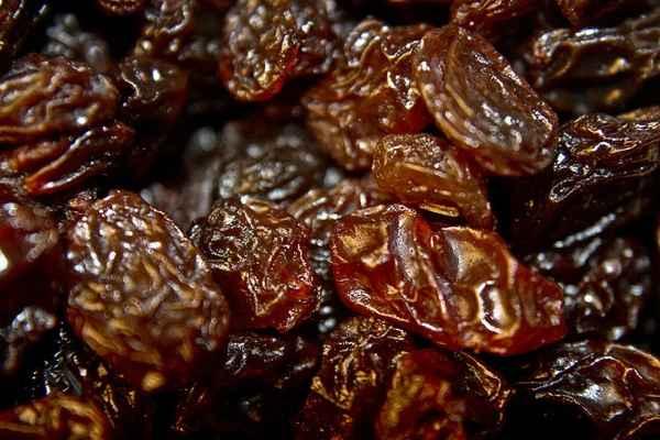 Raisins and Soy May Ward Off High Blood Pressure