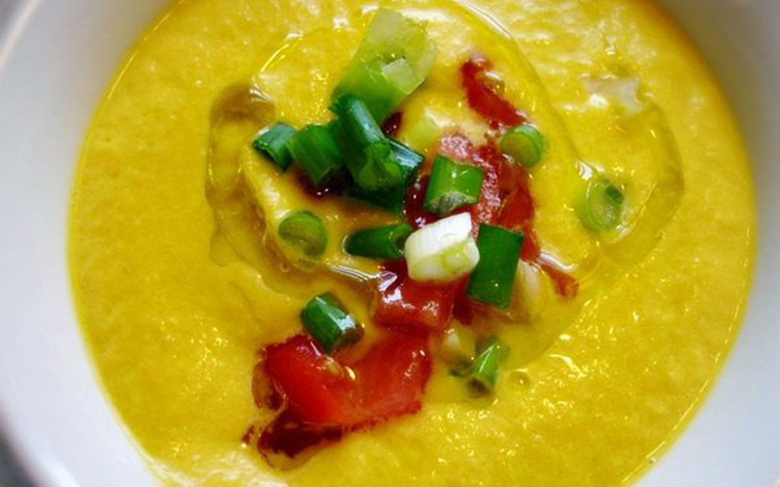 Raw Carrot Avocado Soup [Vegan]