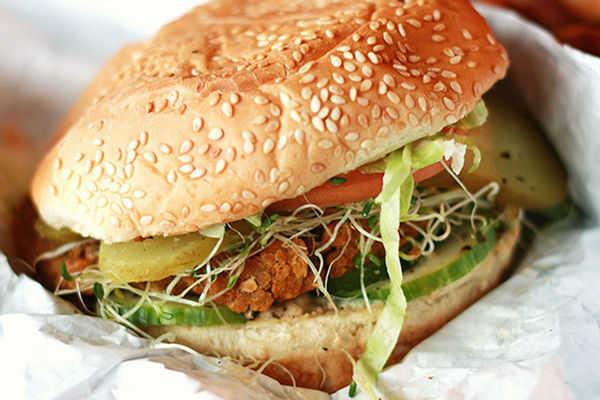 Veggie Burgers: 10 Recipes, Countless Benefits