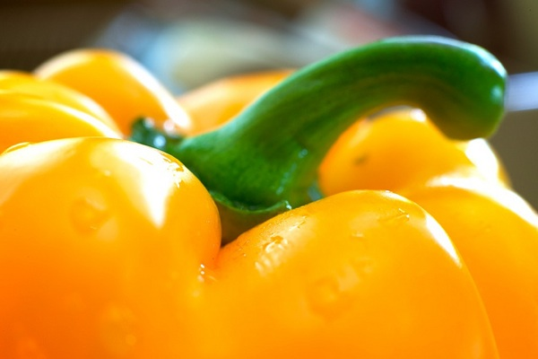 The Dirty Dozen: An Updated List of Pesticide Heavy Fruits and Veggies