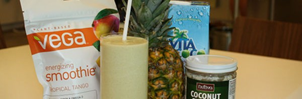 Recipe: Piña Colada Vega Smoothie