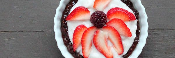 Recipe: No Bake Chocolate Cream Berry Firework Pie