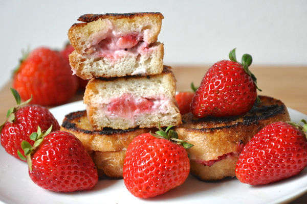 Recipe: Strawberry Pecan Stuffed French Toast