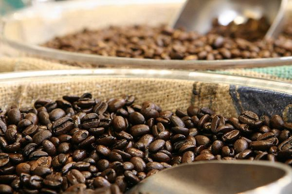 Spotlight on Coffee: Health Benefits, Tips and Recipes
